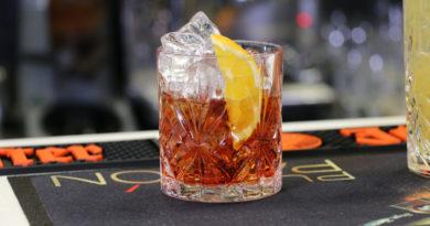 Amator markowego alkoholu