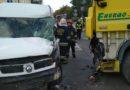 Wypadek w centrum Jabłonny. Kierowca z obrażeniami nóg i głowy