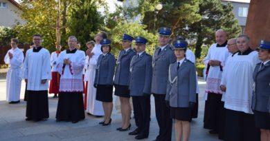 Poświęcenie figury św. Michała Archanioła, czyli patrona policjantów