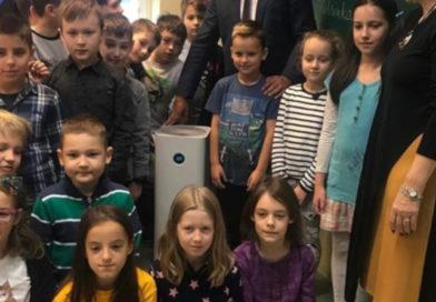 Rodzice z Jabłonny wywalczyli oczyszczacze dla całej gminy