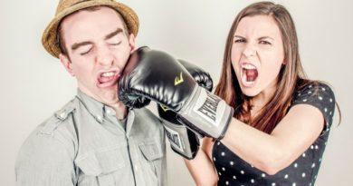 Samoobrona dla kobiet. Naucz się bronić przed napastnikiem